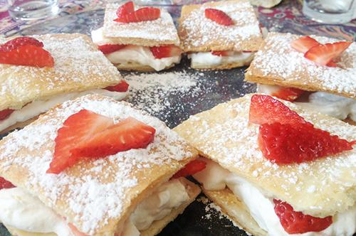Milhojas de nata con fresas - Masiá Ciscar
