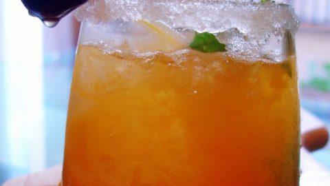 Refresco casero de naranja y lima - Masiá Ciscar