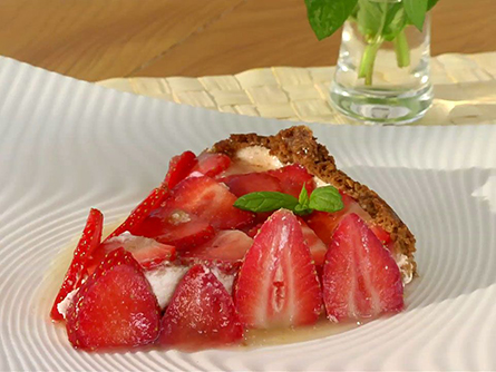 Tarta de cuajada y fresas - Masiá Ciscar